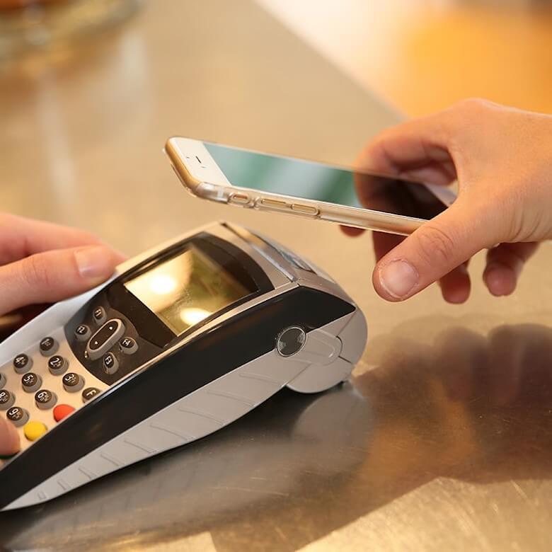 Płatności telefonem to przyszłość, ale czy Android Pay również?