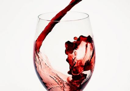 Zamiana wody w wino przy użyciu szklanki 3D? Teraz to możliwe!