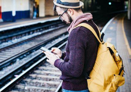 Za starzy na FaceID, za młodzi na PIN – co blokada smartfona mówi o twoim wieku