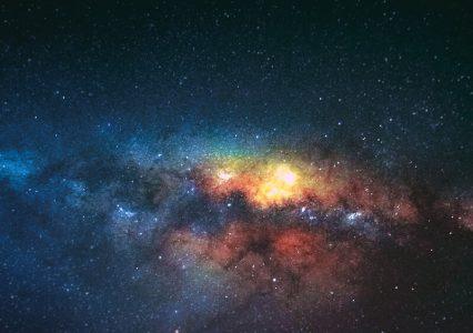 Takiego giganta jeszcze nie było! Astronomowie odkryli połączenie dwóch czarnych dziur w jedną…