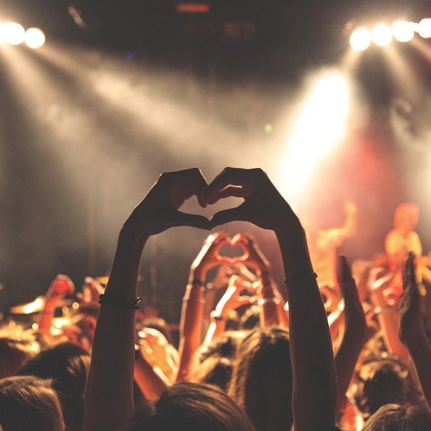 Festiwale muzyczne tylko dla zaszczepionych. Fani Pol'and'Rock oburzeni