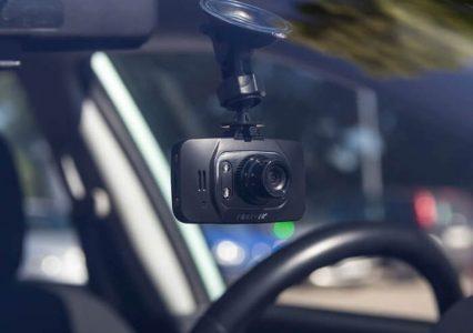 Lepszy dobry czy tani? Jaki wideorejestrator wybrać?