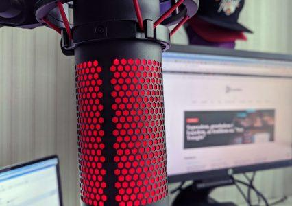 Kupiłem świetny mikrofon do streamingu oraz nagrywania podcastu. Poznajcie HyperX Qadcast