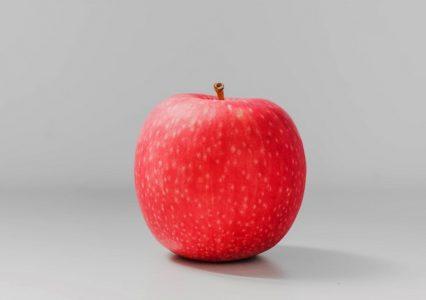 Zakazany owoc według Apple. Gigant bierze pod lupę loga innych firm