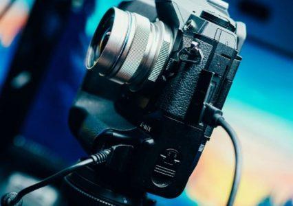 Olympus ułatwia wykorzystanie swoich aparatów jako kamer internetowych