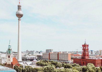 Berlin odświeża swoją markę i robi to zaskakująco źle
