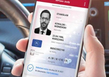 Prawo jazdy w smartfonie już możliwe. Sprawdź, jak dodać mPrawo jazdy do aplikacji mObywatel