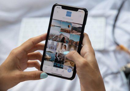 Galerie otwarte, ale online jest znacznie lepiej – ponad 60% e-klientów robi zakupy przez smartfona