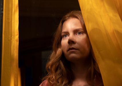 """Nowy film Netflixa z Amy Adams w roli głównej. Zobacz zwiastun """"Kobiety w oknie"""""""